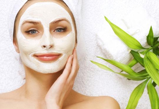 Усмихвайте се и сияйте! Подарете си сияйна кожа с дълбоко почистване на лице в салон за красота Ванеси!