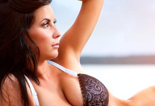 Гладка и нежна кожа с професионална PTF фотоепилация на интим и мишници за жени в Milano Beauty Center!