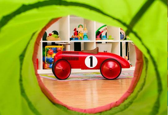 Уют и забавление за Вашето мъниче! Една седмица полудневна занималня за деца над 3 г. в детски парти клуб Цветна градина!