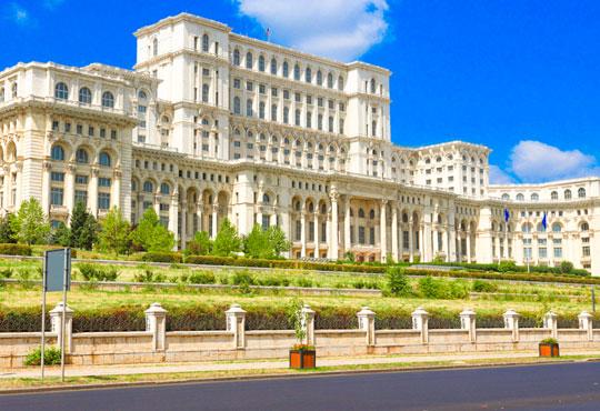 Разгледайте Синая и Букурещ в Румъния! 2 нощувки със закуски и транспорт, възможност за посещение на Замъка на Дракула, Бран и Брашов! - Снимка 6