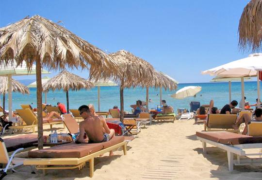 В слънчева Гърция за ден през август или септември! На плаж на Ammolofi Beach, Неа Перамос - транспорт, застраховка и водач!