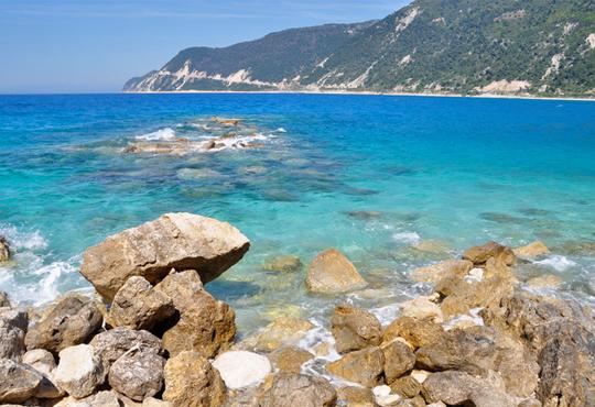 Мини почивка в края на лятото - о. Лефкада, Гърция! 3 нощувки със закуски, транспорт и възможност за круиз из 7-те Йонийски острова!