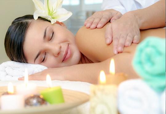 СПА микс! Комбиниран масаж на тяло с елементи на класически и тайландски масаж, ароматерапия с френска лавандула в My Spa!