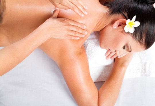 Болкоуспокояващ масаж на цяло тяло с био масла ирис, лайка, алое, лавандула + рефлексотерапия в Студио Матрикс 77