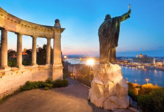 Eкскурзия до Златна Прага и Будапеща - перлата на Дунав! 3 нощувки със закуски, транспорт и водач от България Травъл! - Снимка 6