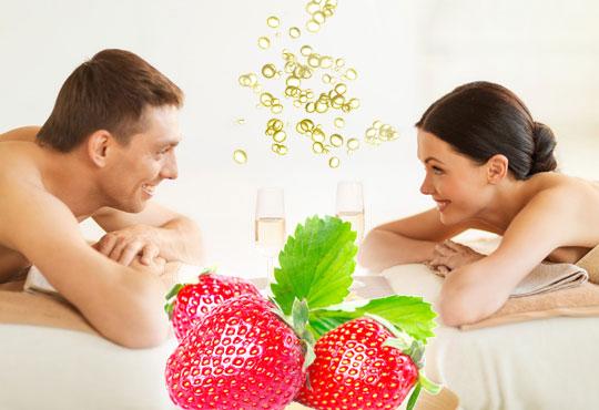 Синхронен масаж за двама с ароматен пилинг и етерични масла: ягода и шампанско, жасмин или грозде в СПА център Pro Therapy!