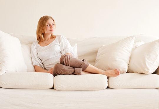 Погрижете се за меката мебел с пране на холна гарнитура до 6 седящи места и матрак или килим по избор от Професионално почистване Рего!