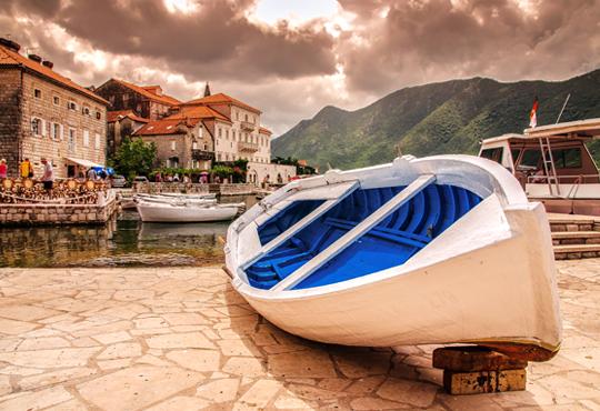 Нова година в Черна гора и посещение на Дубровник и Хърватия! 4 нощувки със закуски и вечери, транспорт, посещение на Дубровник, Будва и Котор!