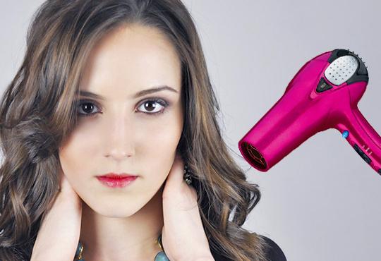Нова прическа! Подхранваща терапия Selective professional, масажно измиване и прическа прав или начупен сешоар в Салон Blush Beauty!