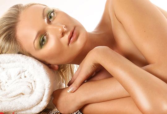 Делничен релакс с аромат на жожоба! Насладете се на цялостен масаж с ароматни масла - ирис, роза, жасмин и жожоба в луксозния СПА център Senses Massage & Recreation!