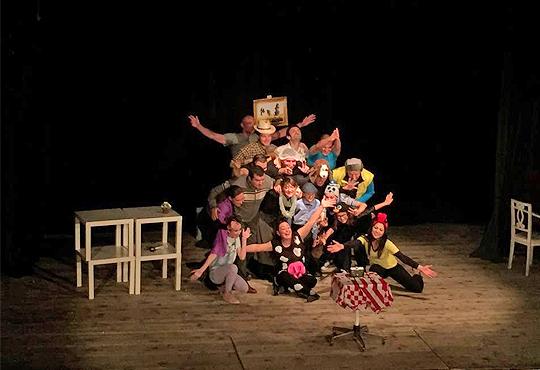 """Гледайте комедията """"Чичо Фьодор"""" по Едуард Успенски, на 24.01. от 19 ч.,Театър Виа Верде, на сцената на Сълза и Смях, камерна зала"""