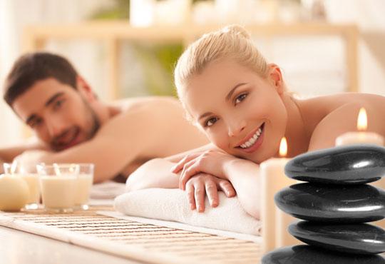70-минутен релаксиращ масаж на цяло тяло с вулканични камъни и шоколад за един или двама в Chocolate studio!
