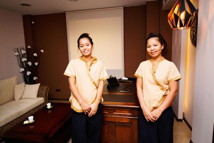 """Antiage терапия """"Дар от Бога"""" с розов жасмин в Студио за тайландски масажи ТhaimOut - Снимка 3"""