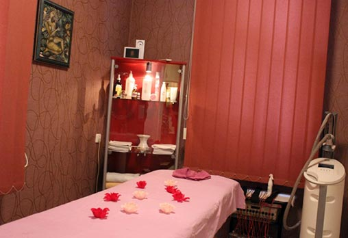 Тонизирайте тялото си с масаж с вендузи на гръб, корем или рамене от Салон Престиж - Аспарух! - Снимка 3