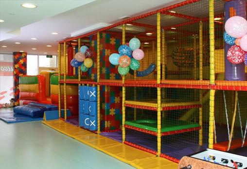 Детски рожден ден за 10 деца - в зала, с много игри, специално меню, подаръци и аниматори от Детски клуб Евърленд! Предплатете! - Снимка 5
