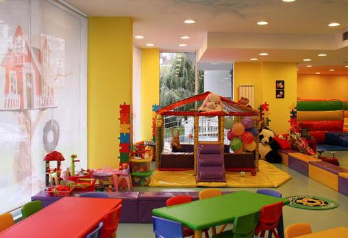 Детски рожден ден за 10 деца - в зала, с много игри, специално меню, подаръци и аниматори от Детски клуб Евърленд! Предплатете! - Снимка 4