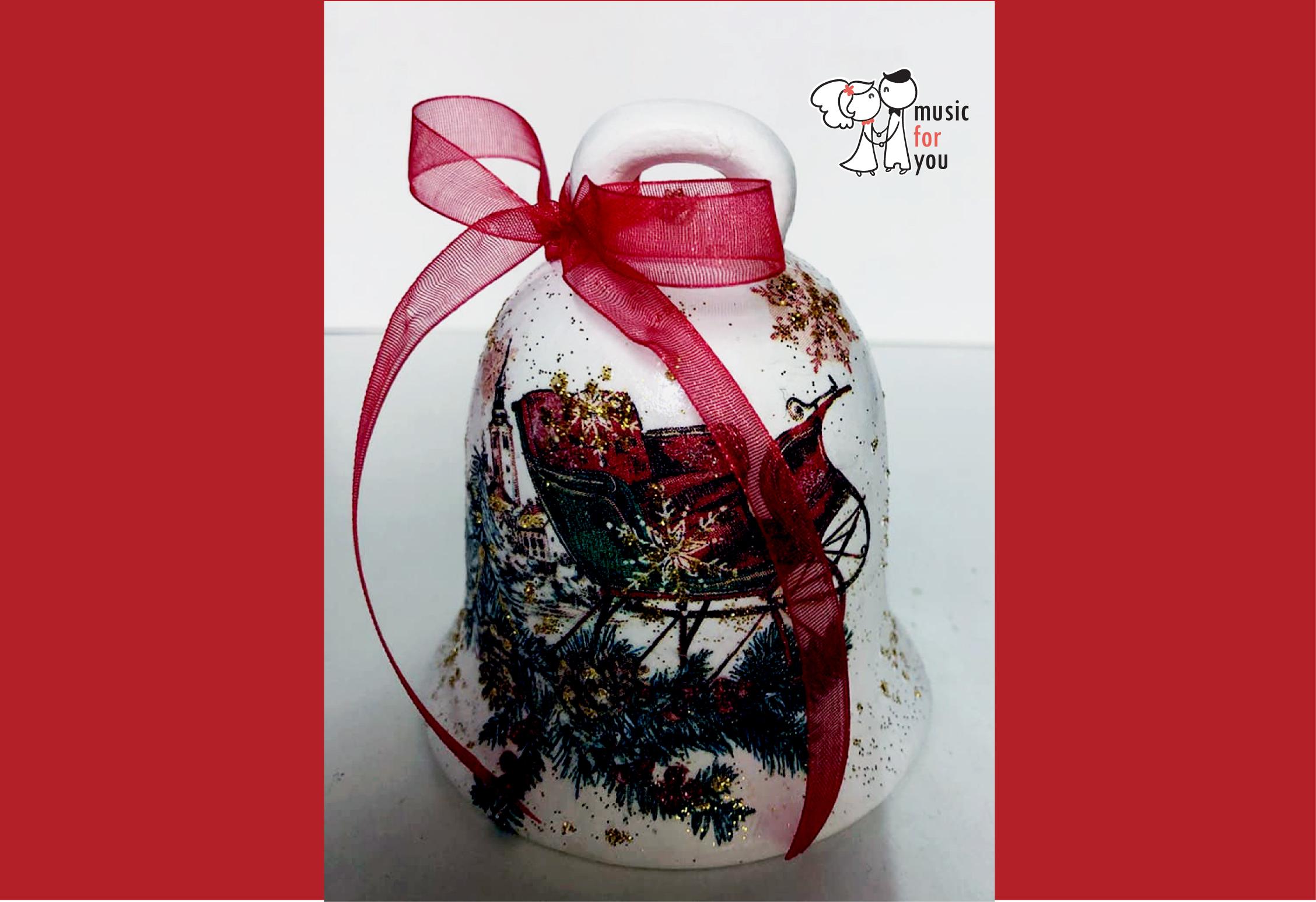 Подарък за празниците! Рисувана бутилка червено вино с празнична декорация + арт камбанка от Music for You! - Снимка 10