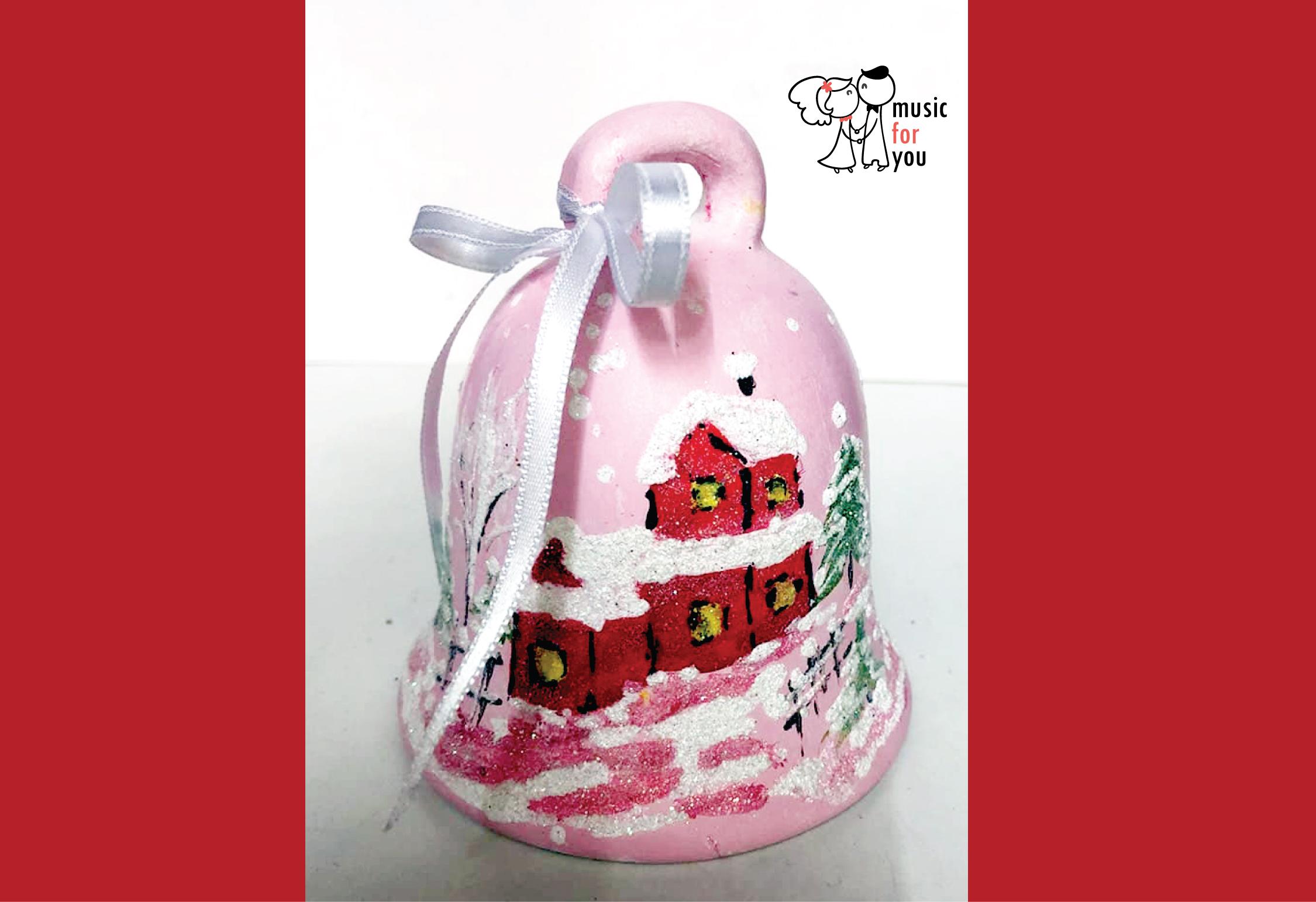 Подарък за празниците! Рисувана бутилка червено вино с празнична декорация + арт камбанка от Music for You! - Снимка 12