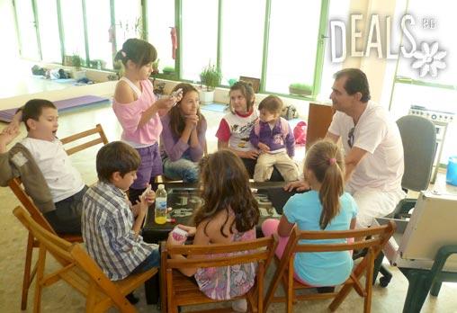 Опитайте нещо различно! 1 посещение на Училище по Магия в Редута за малки и пораснали магьосници - само за 3.90 вместо за 10лв от Арт Школи Т.А.Й.М.С. - Снимка 2