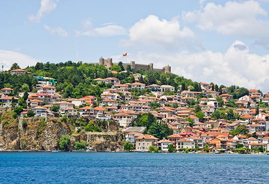 Екскурзия за празника Водици (Богоявление) до Охрид и Скопие! 1 нощувка със закуска и транспорт, възможност за посещение на Албания! - Снимка 4