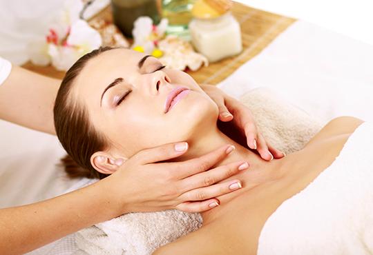 Блаженство за сетивата! 70-минутен кралски масаж на цяло тяло с арома масла и бонус: масаж на лице във фризьоро-козметичен салон Вили в кв. Белите брези! - Снимка 3