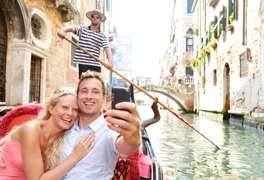 За деня на влюбените! Екскурзия до Загреб, Верона и Венеция с АБВ Травелс! 3 нощувки със закуски в хотел 2/3*, транспорт и възможност за шопинг в Милано - Снимка