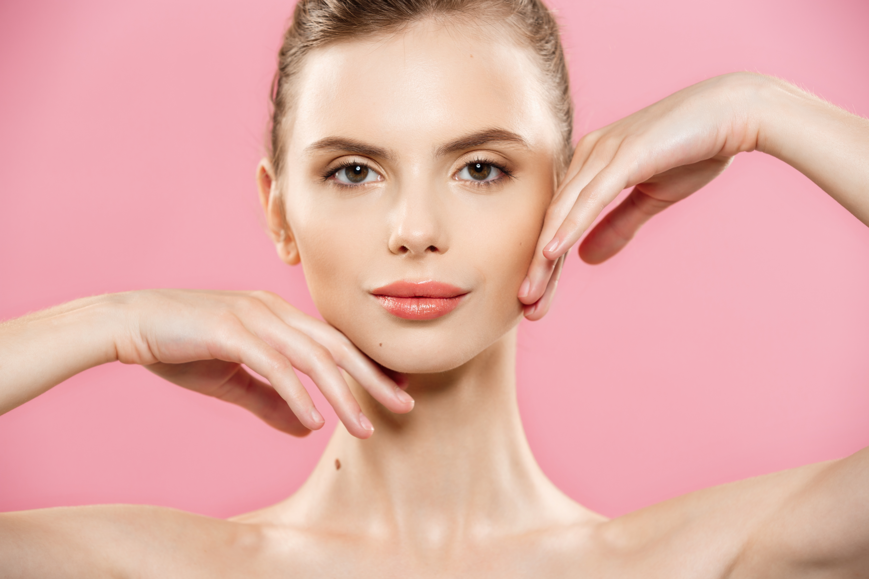 Дълбоко почистване на лице, микродермабразио + терапия според типа кожа - анти акне, анти ейдж, почистваща, хидратираща или колагенова, с продуктите на Dr.Spiller в козметично студио Beauty! - Снимка 3