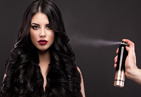 Терапия за коса по избор - подхранваща, ботокс или за запазване на цвета, и оформяне на прическа със сешоар в салон за красота Дамалия! - Снимка