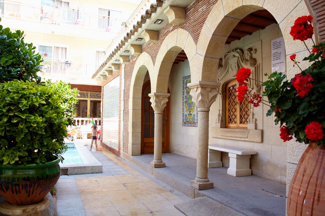 Ранни записвания за почивка в Малграт де Мар, Испания! 7 нощувки със закуски и вечери в хотел 3*, самолетен билет, летищни такси, трансфери - Снимка 10