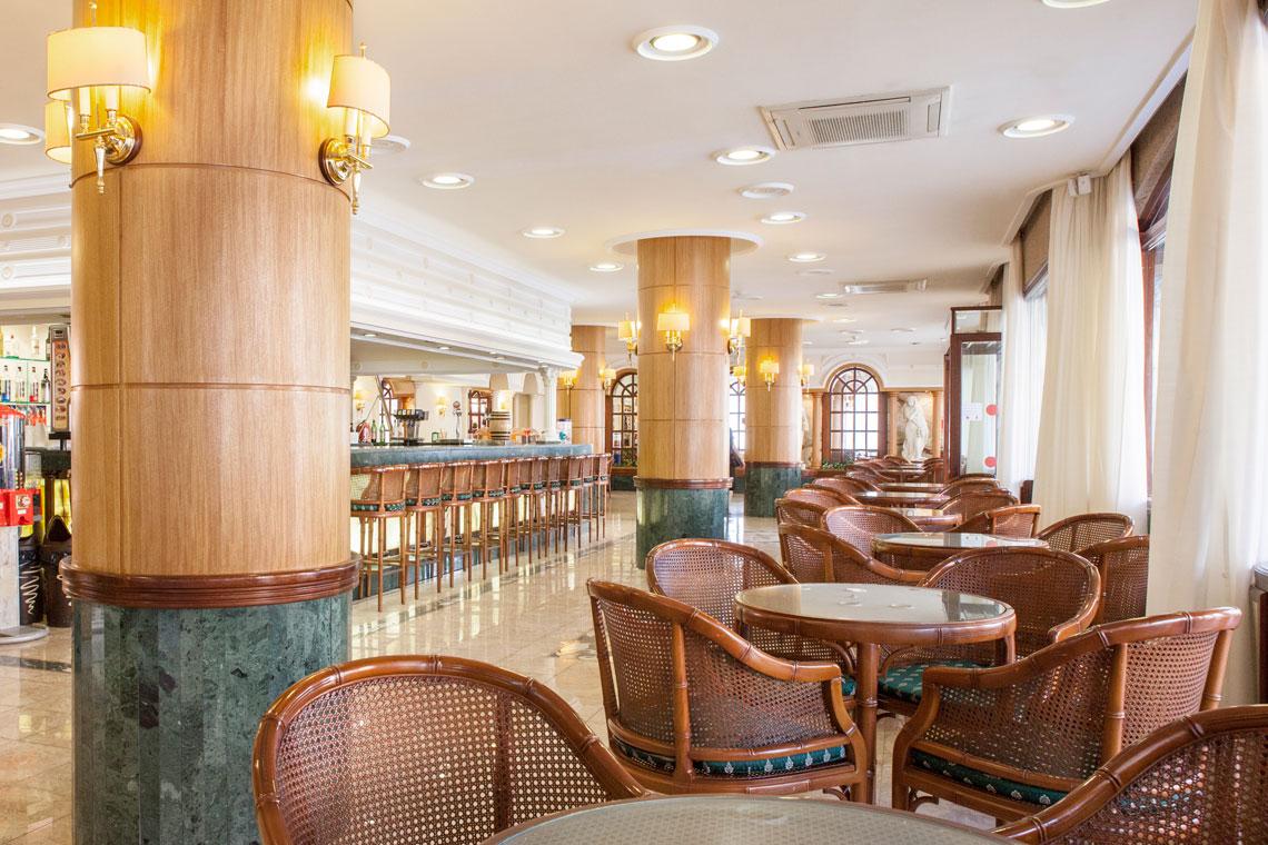 Ранни записвания за почивка в Малграт де Мар, Испания! 7 нощувки със закуски и вечери в хотел 3*, самолетен билет, летищни такси, трансфери - Снимка 7