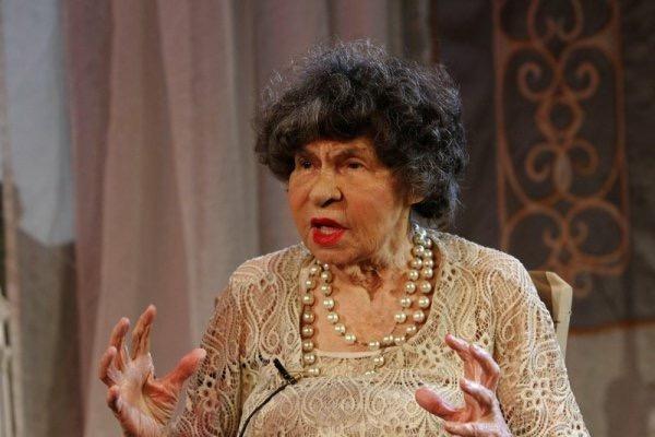"""Великолепната """"Госпожа Стихийно бедствие"""" гледайте на 29.01., от 19.00 ч, Театър Сълза и смях, 1 билет - Снимка 4"""